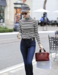 Celebrities Wonder 54214210_january-jones-shopping_5.jpg