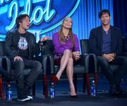 Celebrities Wonder 58649614_jennifer-lopez-american-idol_4.jpg