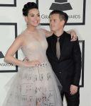 Celebrities Wonder 6062343_katy-perry-grammy-awards-red-carpet-2014_5.jpg