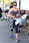 Celebrities Wonder 66009037_ashley-benson-gym_1.jpg