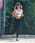Celebrities Wonder 85797942_Vanessa-Hudgens-at-Runyon-Canyon_3.jpg