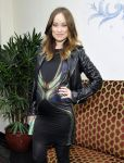 Celebrities Wonder 86705087_olivia-wilde-w-magazine-golden-globe-party-2014_3.jpg