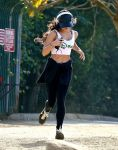 Celebrities Wonder 88797375_Vanessa-Hudgens-at-Runyon-Canyon_4.jpg