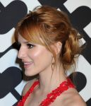 Celebrities Wonder 89779961_Diane-Von-Furstenberg-Journey-of-A-Dress_Bella Thorne 3.jpg