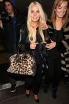 Celebrities Wonder 91505662_jessica-simpson-lax-airport_4.jpg