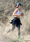 Celebrities Wonder 92302419_Vanessa-Hudgens-at-Runyon-Canyon_6.jpg