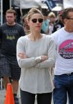 Celebrities Wonder 92396389_amber-heard-melrose-flea-market_4.jpg