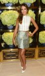 Celebrities Wonder 97134834_Tory-Burch-Rodeo-Drive-Flagship-Opening_Jessica Alba 1.jpg
