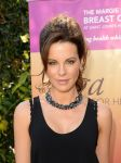 Celebrities Wonder 11839587_kate-beckinsale-Yoga-fundraiser-benefit-for-Breast-Center_8.jpg