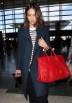 Celebrities Wonder 14339853_jessica-alba-lax-airport_4.jpg