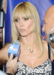 Celebrities Wonder 15077250_heidi-klum-Americas-Got-Talent-Season-9-photocall_4.jpg