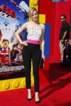 Celebrities Wonder 16273763_elizabeth-banks-lego-movie-premiere_1.jpg