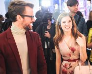 Celebrities Wonder 17217959_anna-kendrick-kate-spade-new-york-fall-2014_7.jpg