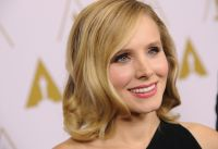 Celebrities Wonder 25630901_kristen-bell-The-Oscars-Scientific-and-Technical-Awards-Ceremony_6.jpg