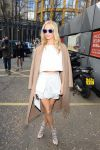 Celebrities Wonder 32606364_topshop-unique-fall-2014-front-row_Poppy Delevingne 1.jpg