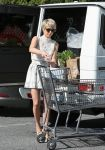 Celebrities Wonder 33477491_julianne-hough-bristol-farms_3.jpg