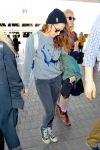 Celebrities Wonder 36683729_kristen-stewart-lax-airport_4.jpg