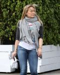 Celebrities Wonder 39531764_hilary-duff_4.jpg
