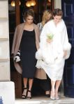Celebrities Wonder 40275412_cara-delevingne-sisters-wedding_4.jpg