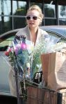 Celebrities Wonder 40430651_diane-kruger-Gelsons-Market_5.jpg