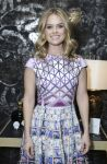 Celebrities Wonder 41750965_alice-eve-Shes-So-Violet-Salon-Dinner_2.jpg