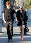 Celebrities Wonder 43486813_emma-roberts-and-evan-peters_1.jpg