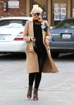 Celebrities Wonder 45935852_pregnant-gwen-stefani-Jesun-Acupuncture-Clinic_4.jpg