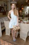 Celebrities Wonder 50827222_whitney-port-wedding-paper-divas_2.jpg