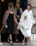 Celebrities Wonder 52737828_cara-delevingne-sisters-wedding_7.jpg