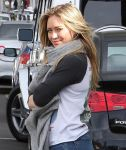 Celebrities Wonder 5428174_hilary-duff_5.jpg