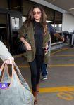 Celebrities Wonder 58914966_selena-gomez-LAX-Airport_4.jpg