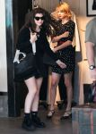 Celebrities Wonder 58935535_taylor-swift-lorde-shopping_3.jpg