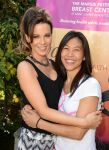 Celebrities Wonder 59631678_kate-beckinsale-Yoga-fundraiser-benefit-for-Breast-Center_5.jpg