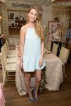 Celebrities Wonder 61457110_whitney-port-wedding-paper-divas_1.jpg