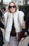 Celebrities Wonder 66475253_burberry-fall-2014-front-row_Olivia Palermo 3.jpg