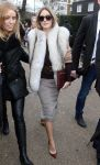 Celebrities Wonder 73829752_burberry-fall-2014-front-row_Olivia Palermo 1.jpg