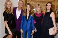 Celebrities Wonder 74038264_Cara-Delevingne-Collection-by-Mulberry_7.jpg