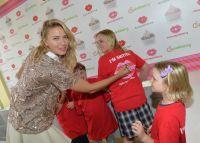 Celebrities Wonder 7415383_maria-sharapova-Sugarpova-Toppings-exclusively_7.jpg