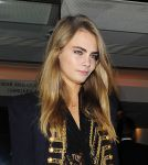Celebrities Wonder 75023310_cara-delevingne-charity_5.jpg