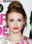Celebrities Wonder 78324746_vampire-academy-los-angeles-premiere_Holland Roden 2.jpg