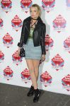 Celebrities Wonder 7955204_2014-NME-Awards_Laura Whitmore.jpg