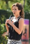Celebrities Wonder 81737642_kate-beckinsale-Yoga-fundraiser-benefit-for-Breast-Center_6.jpg