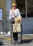 Celebrities Wonder 9331842_katherine-heigl-Shopping-LA_4.jpg