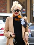 Celebrities Wonder 93406616_pregnant-gwen-stefani-Jesun-Acupuncture-Clinic_5.jpg