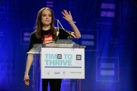 Celebrities Wonder 95756030_ellen-page-HRC-Time-to-Thrive-Conference_3.jpg