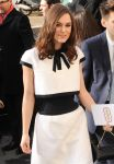 Celebrities Wonder 21816762_keira-knightley-chanel-fashion-show-fall-2014_4.jpg