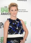 Celebrities Wonder 34828160_reese-witherspoon-independent-spirit-awards_2.5.jpg