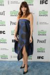 Celebrities Wonder 43289572_lake-bell-independent-spirit-awards_1.jpg