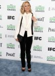 Celebrities Wonder 61843965_maria-bello-spirit-awards_3.jpg