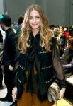 Celebrities Wonder 69238248_olivia-palermo-chloe-fashion-show_4.jpg